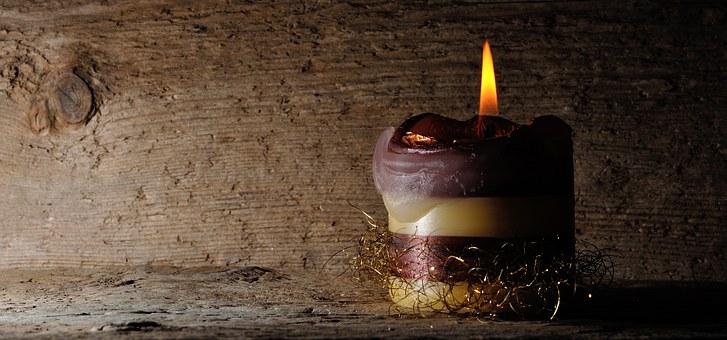 Gestalten einer Gedenk-Kerze